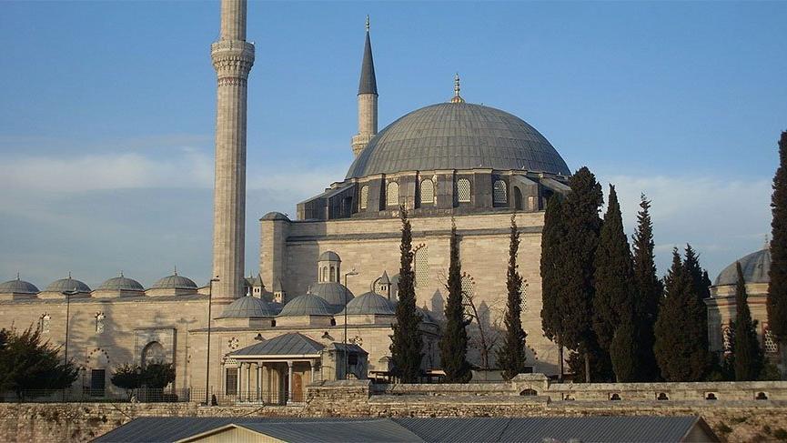Elektriği kesilen Yavuz Selim Cami'nin aboneliği iptal edildi