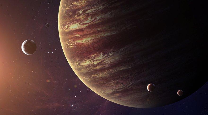 Bilgeliğin yolu Jüpiter'in Yay burcundaki seyahati sürecinde açılır. Seçeceğimiz herhangi bir konuda uzman olmak, bilge olmak çok daha kolay olacaktır. Deneyimlerden korkmak yerine aksine daha çok deneyim ve tecrübe yaşayabilmek adına harekete geçeceğiz.