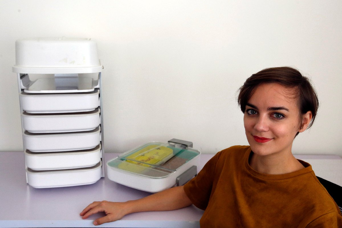 Girişimci Katharina Unger, böcek kuluçka sisteminin ilk olarak doğu pazarında satılacağını açıkladı.