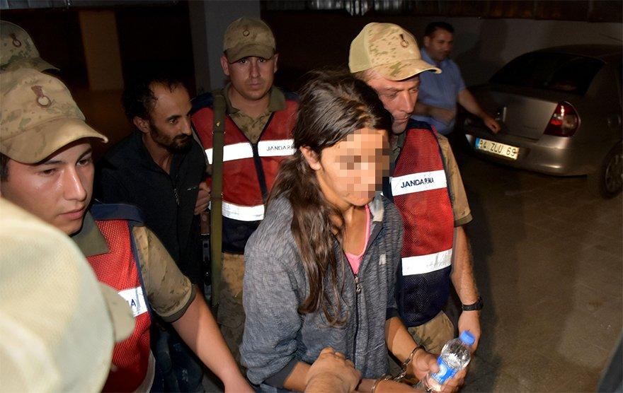 FOTO: DHA- Annes Dilek Atış, tutuksuz yargılanmak üzere serbest bırakıldı.