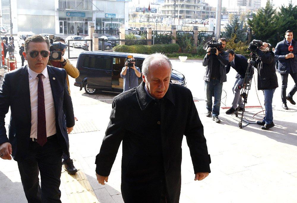 FOTO:AA - Muharrem İnce ile Kılıçdaroğlu görüşmesi 40 dakika sürdü.