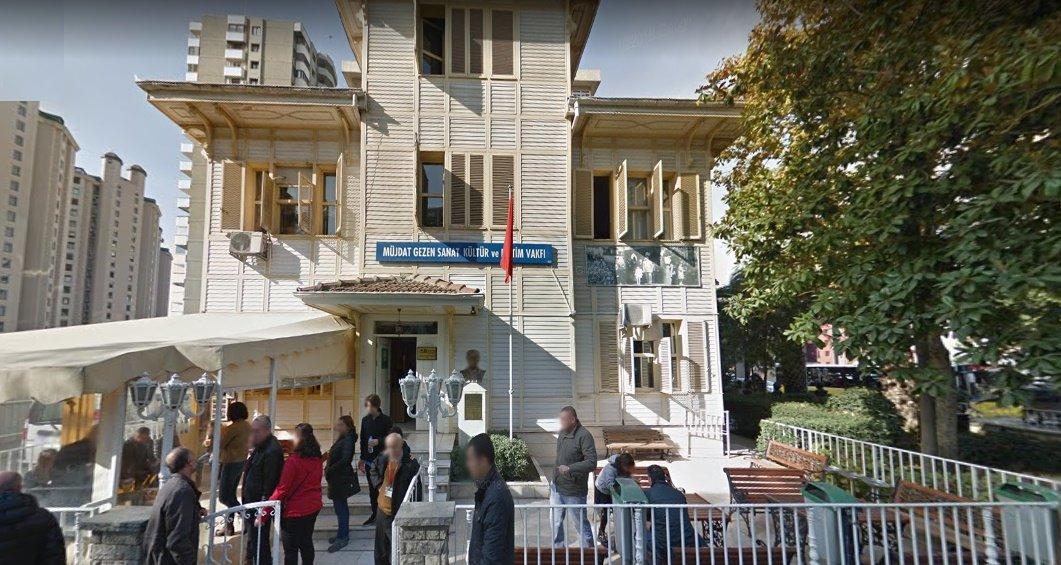 Müjdat Gezen Kültür ve Sanat Merkezi'nin iskanı 1991'de alınmıştı.