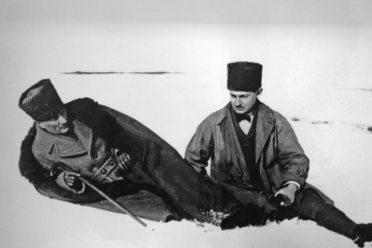 Gazi Mustafa Kemal Kocatepe'de.