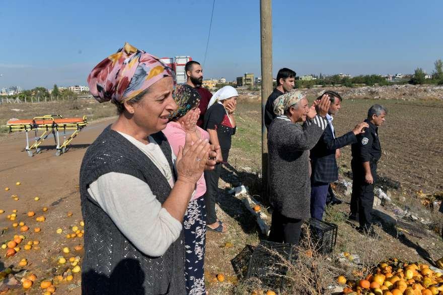 Kurtarma çalışmalarını izleyen vatandaşlar endişe içinde bekledi. Foto: DHA