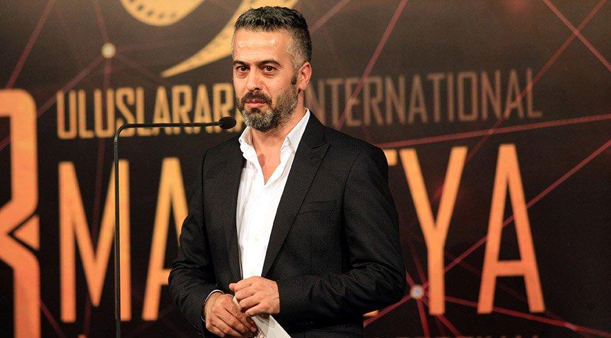 Festival Direktörü Suat Köçer, organizasyonun açılış töreninde konuşma yaptı. FOTO:AA