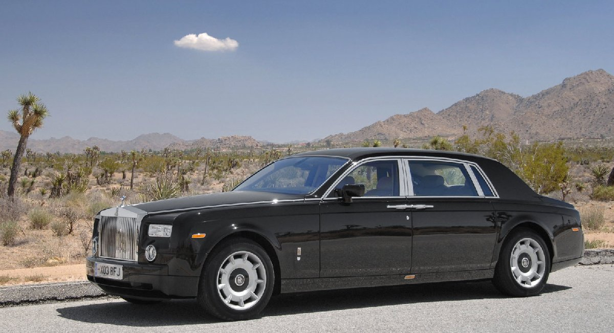 rolls-royce-phantom_with_extended_wheelbase-2005-1600-02-kopya