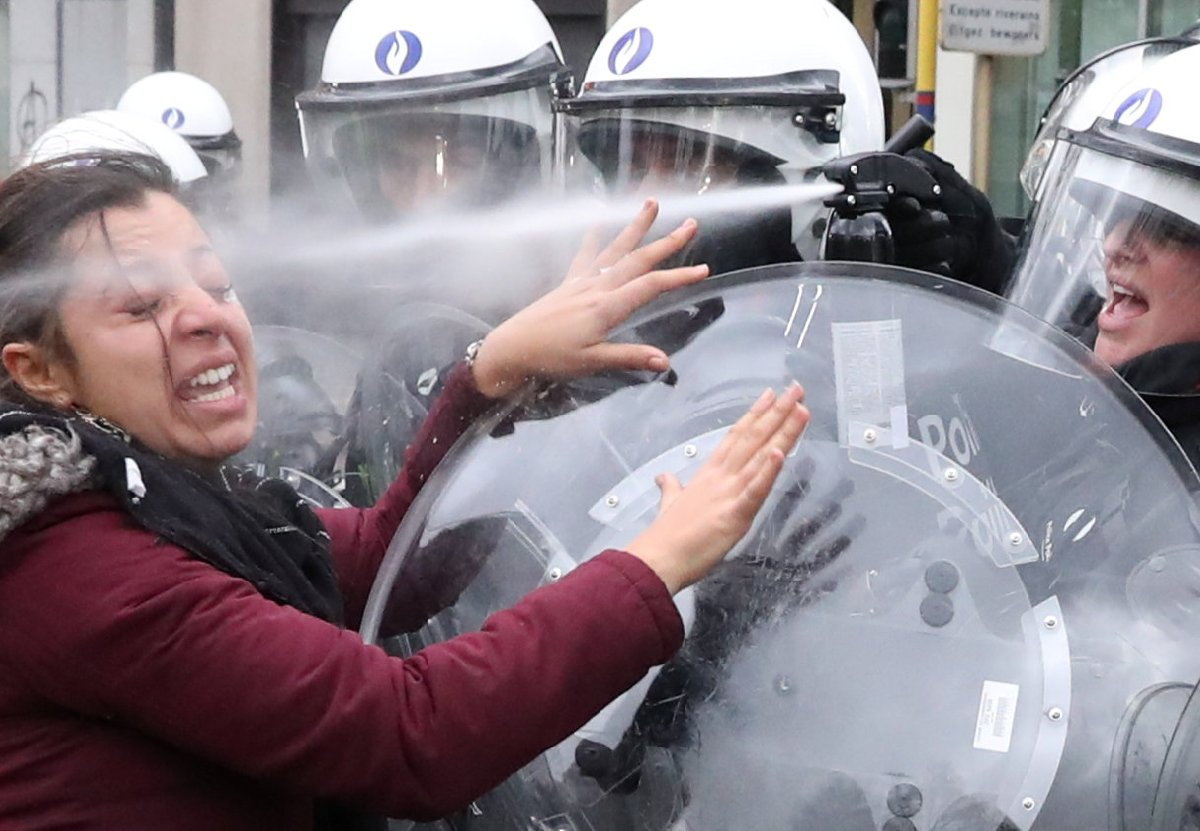 2018-12-08t125653z_1688602013_rc195828a500_rtrmadp_3_belgium-protests