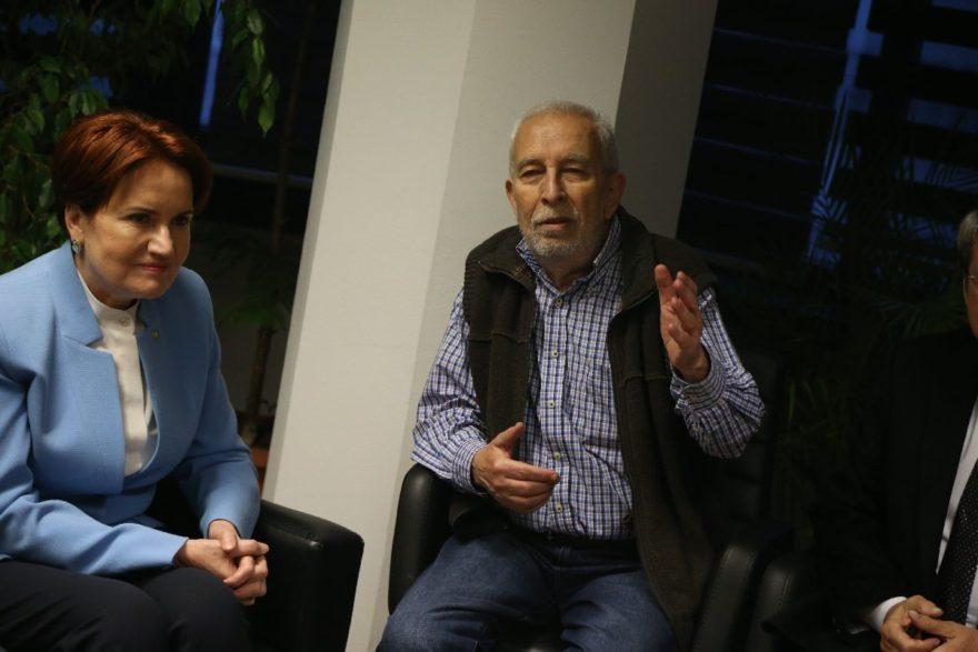 Akşener, Sözcü Ankara bürosuna destek ziyareti sırasında yazarımız Emin Çölaşan ile de bir araya geldi.