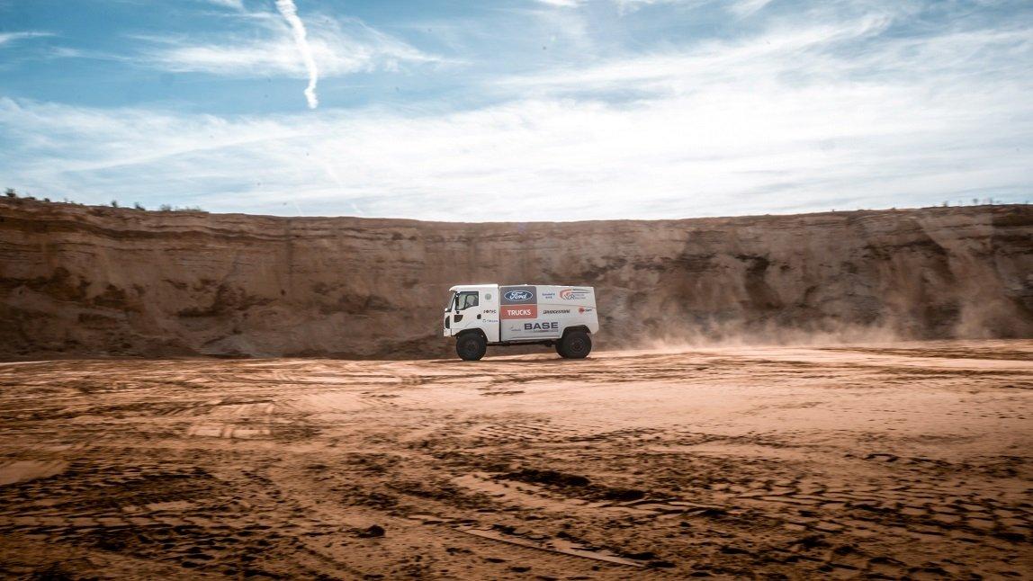 ford-trucks-dakar-3