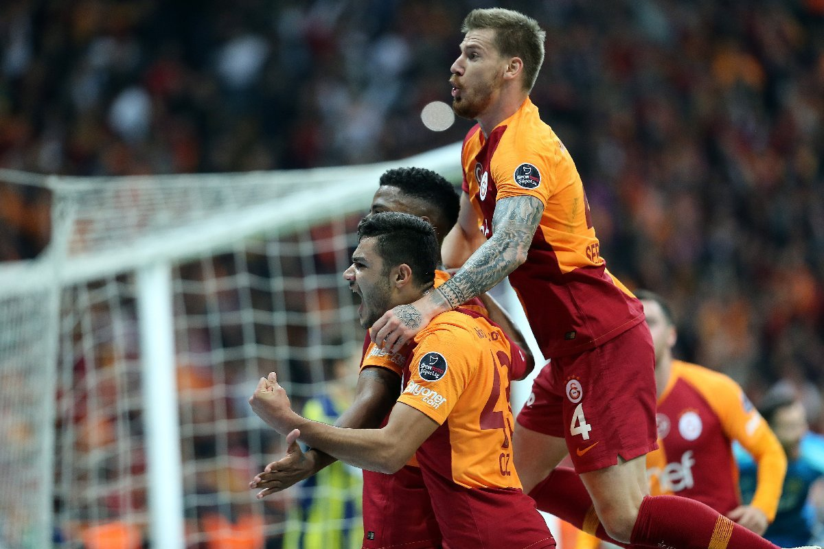 galatasaray-besiktas-maci-aa