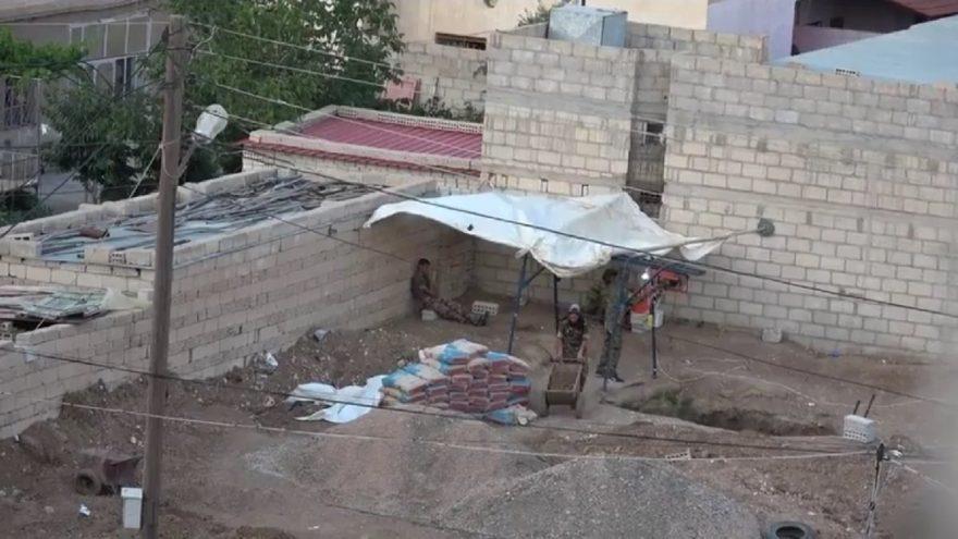Terör örgütü PKK mensubu teröristlerin eylemlerini gizlemek için çeşitli kamuflaj yeöntemleri uyguladığı görüldü. DHA