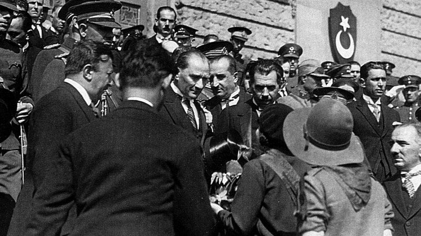 Atatürk'ün Ankara'ya gelişinin 99. yılı