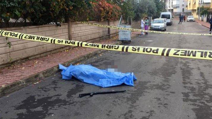 Bir kadın cinayeti daha! Sokak ortasında öldürüldü