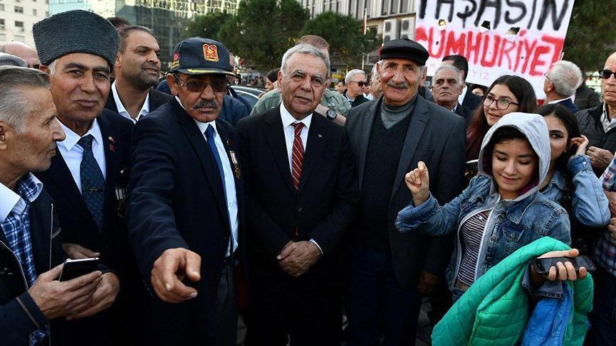 'İzmir çantada keklik değil, adayımızın çıtası yüksek olmalı'