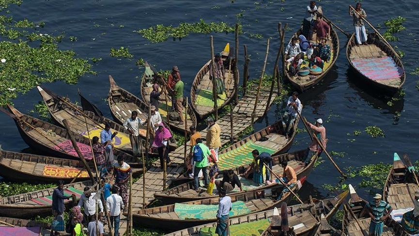 Bangladeş'in sandal taksileri