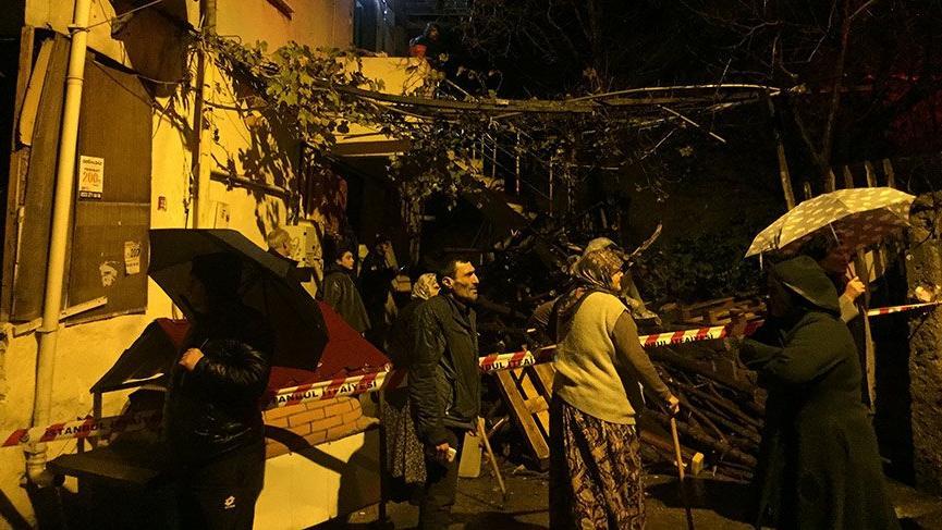 Beykoz'da istinat duvarı yıkıldı!