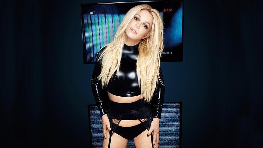 Britney Spears yeni parfümünü tanıttı