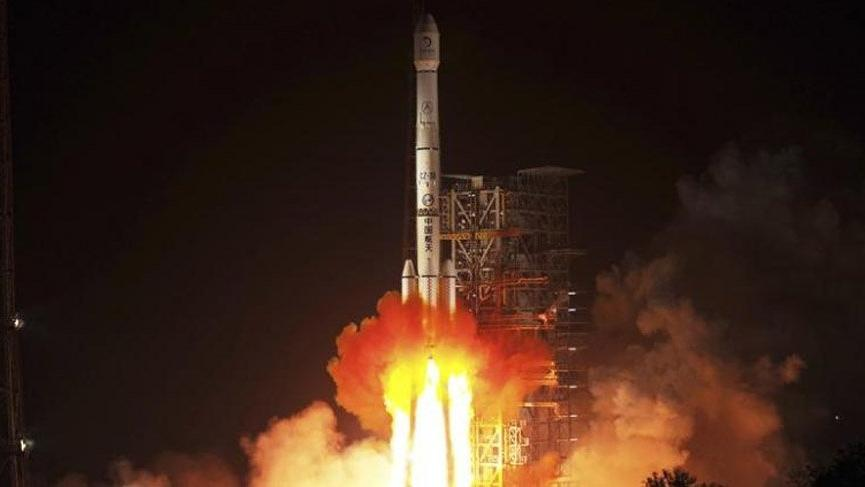 Çin'den uzaya 7 yeni uydu fırlatıldı