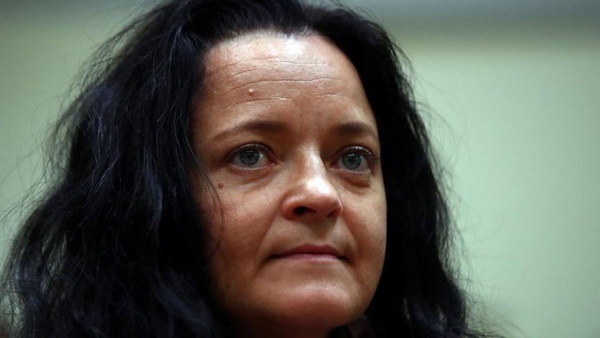 Almanya'da 8 Türk'ü öldüren kadın nakledilecek