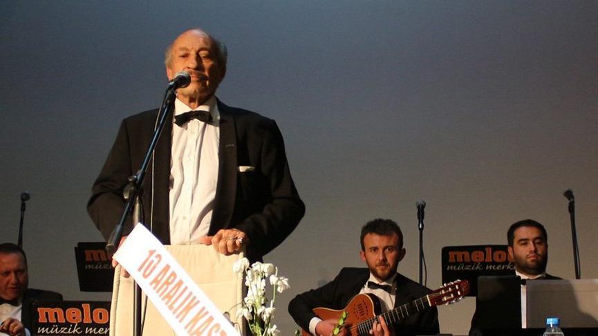 """Mustafa Sağyaşar: """"Kendi müziklerini yapmaya çalışsınlar"""""""