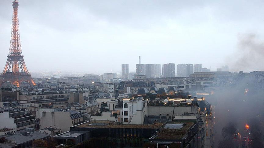 Fransa'da cumartesi günü düzenlenen eylemin faturası ağır oldu