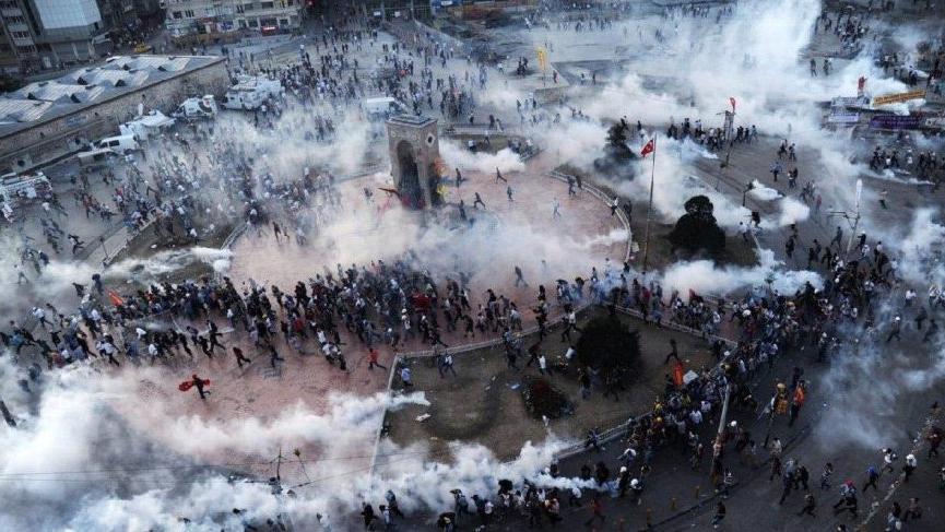 Gezi eylemcilerine mahkemeden 'Tekrar eylem yapabilirler' cezası