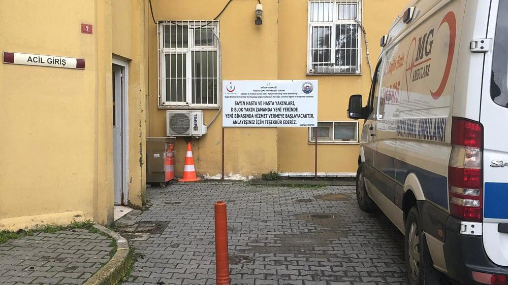 Süreyyapaşa Hastanesi'nde çatı çöktü, ameliyatlar durdu