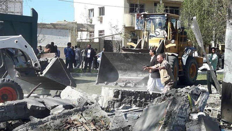 Son dakika... Komşuda bomba yüklü araçla saldırı: Ölü ve yaralılar var