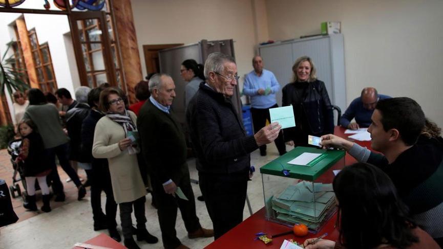 İspanya seçimlerinde yıllar sonra bir ilk