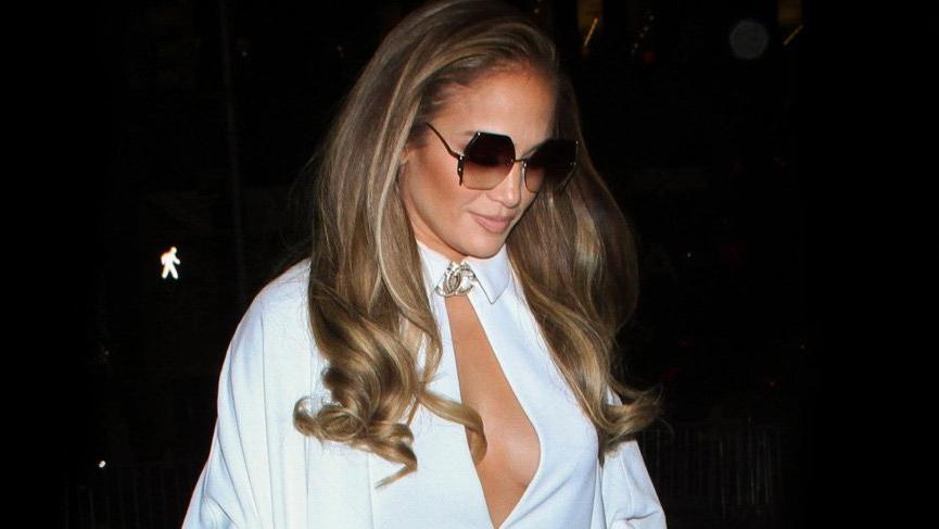 Jennifer Lopez soğuğa aldırmadı