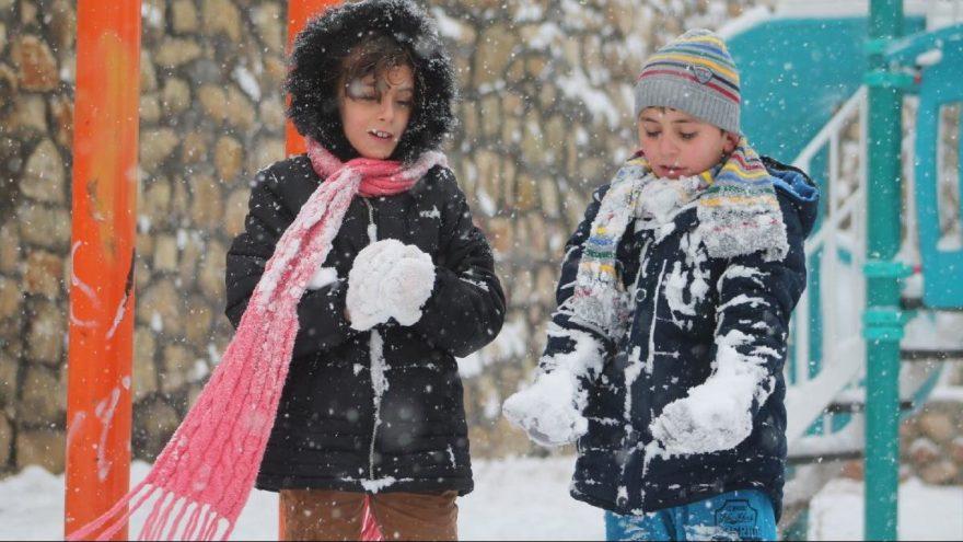 Erzurum'da yarın okullar tatil mi? Erzurum Valiliği kar tatili açıklaması yaptı mı?