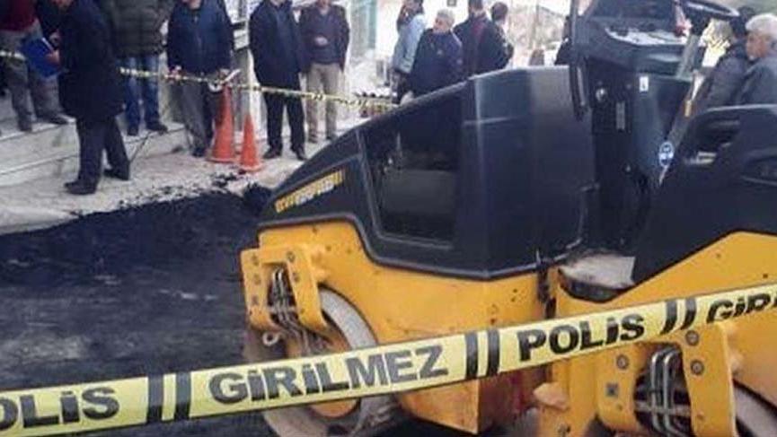 İzmir'de korkunç olay! Silindirin altında kaldı