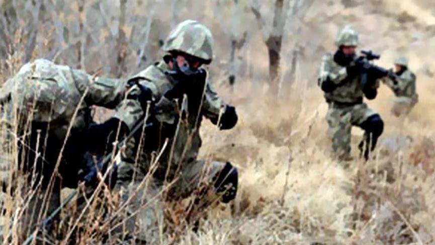 Suriye sınırında 3 terörist yakalandı