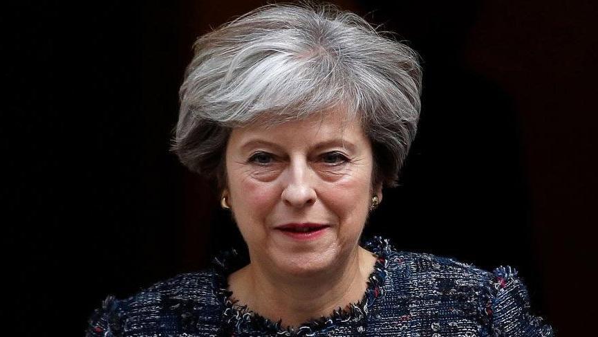 Son dakika... May Brexit oylamasını erteledi