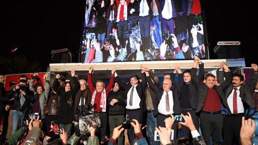Antalya'da CHP'li Böcek'e coşkulu karşılama
