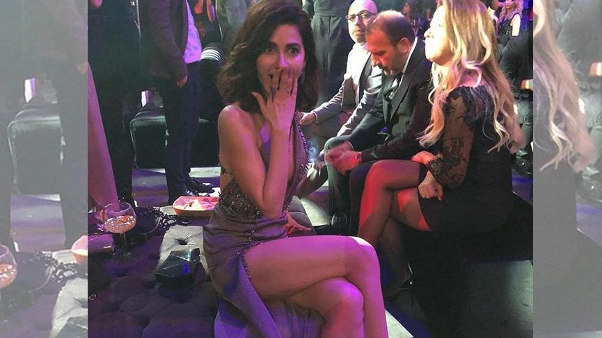 Nesrin Cavadzade'nin dekoltesi sosyal medyaya damga vurdu