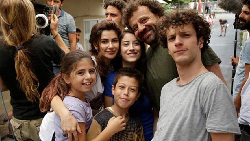 Nesrin Cavadzade, 'Bizim Hikaye' dizisinden ayrıldı