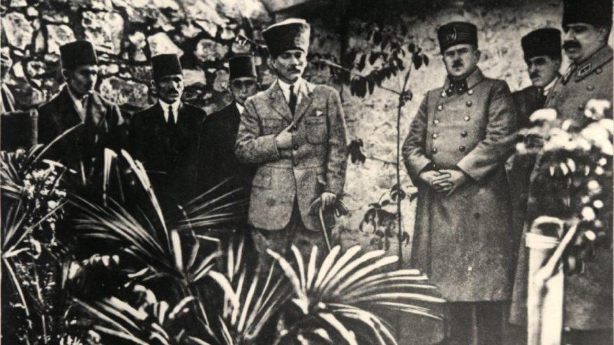 Genelkurmay arşivlerinden Atatürk ve Türk kadını fotoğrafları