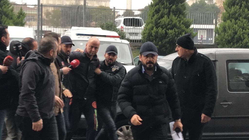 Papağana eziyet eden MasterChef Murat Özdemir'den isyan ettiren savunma! İşte Murat Özdemir'in savunması...