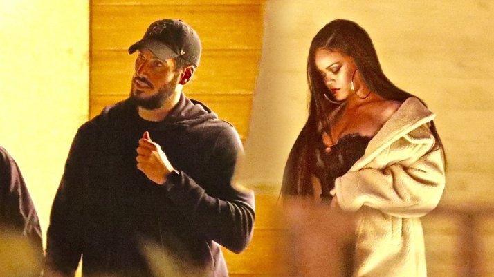 Rihanna, Suudi sevgilisiyle yemekte