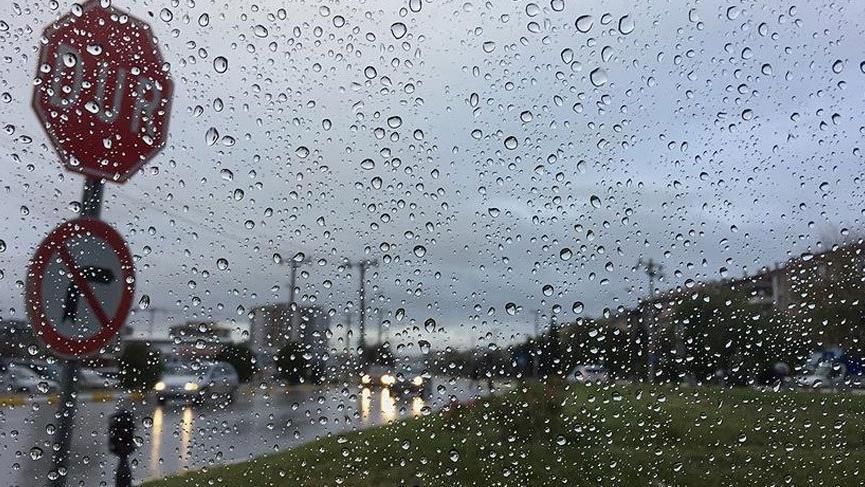 İstanbul güne yağmurla başladı… Meteoroloji'den birçok şehre sağanak uyarısı!