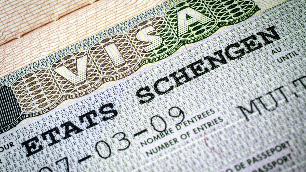 Bir yıllık pasaport+Schengen ücretine 130 TL zam