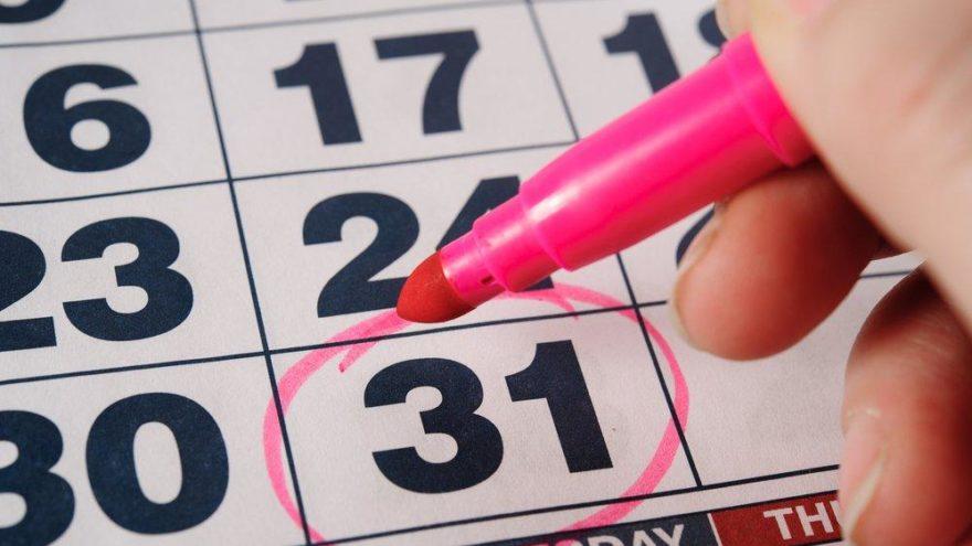 MEB resmi çalışma takviminde 31 Aralık tatil mi? 31 Aralık 2018 Pazartesi okullar tatil mi?
