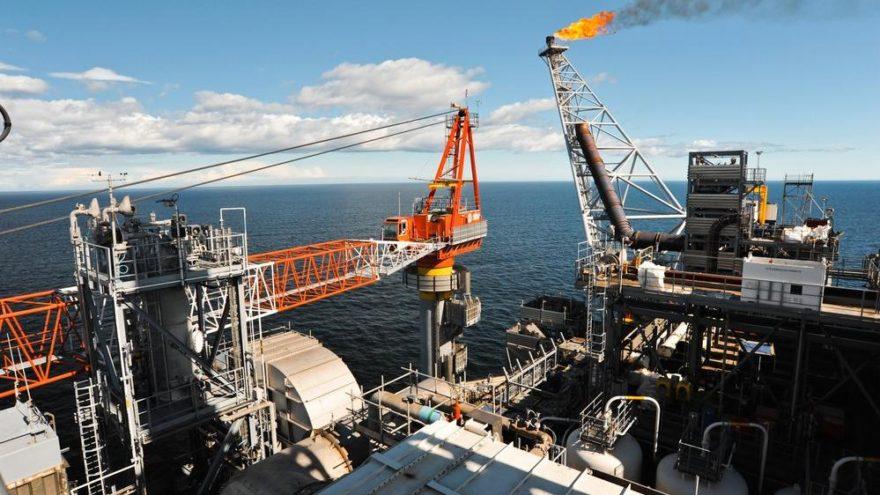 Exxon 'yüzyılın anlaşması'ndan çıkıyor