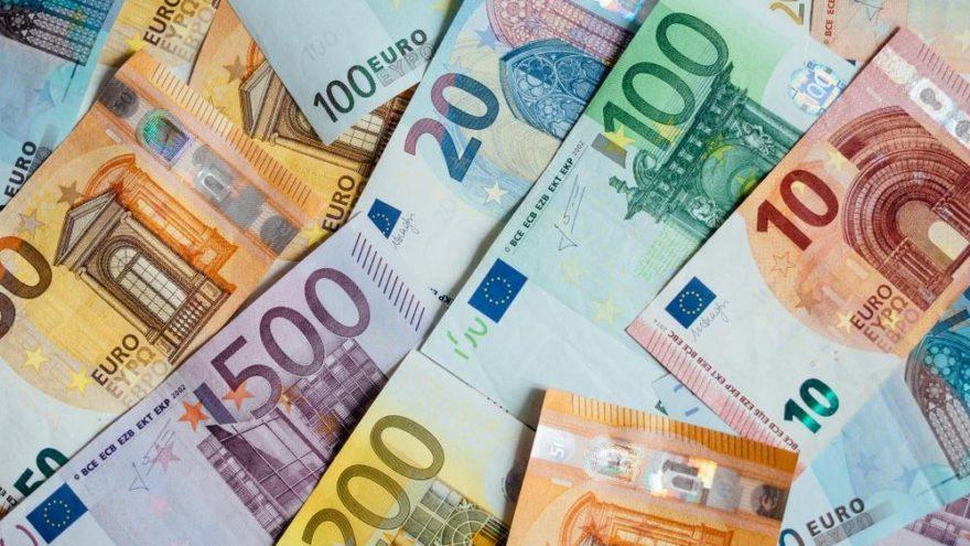 Türkiye AB'den iki yıl önce reddettiği kredi önerisini istiyor