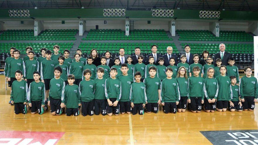 Masa tenisinde geleceğin şampiyonları Darüşşafaka'dan yetişecek