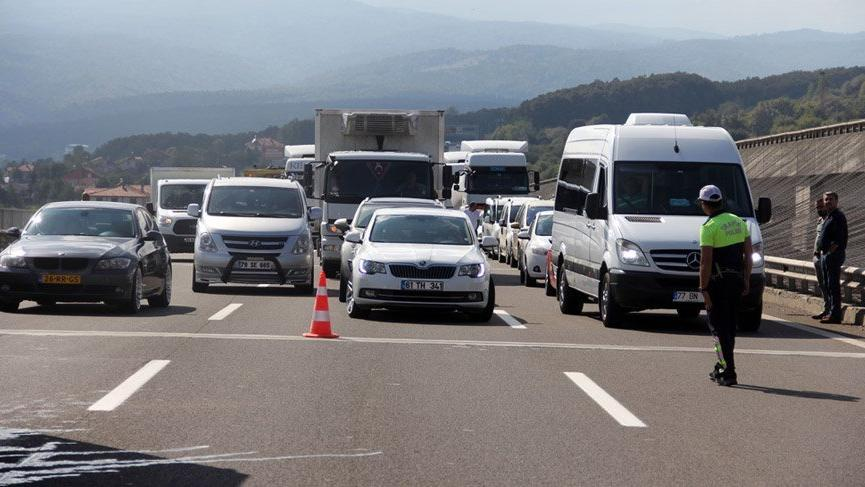 Başkentte bazı yollar yarın araç trafiğine kapatılacak