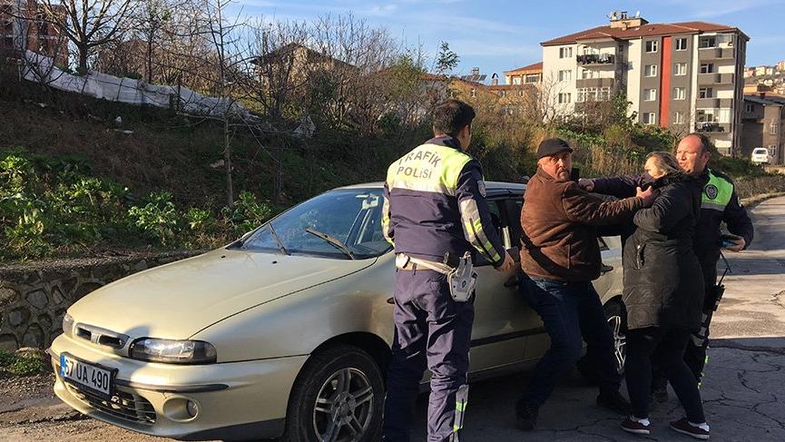 Yayaya çarpan alkollü sürücü, kazayı eşinin üzerine atmaya çalıştı
