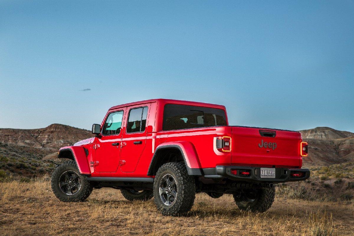 jeep-gladiator-2