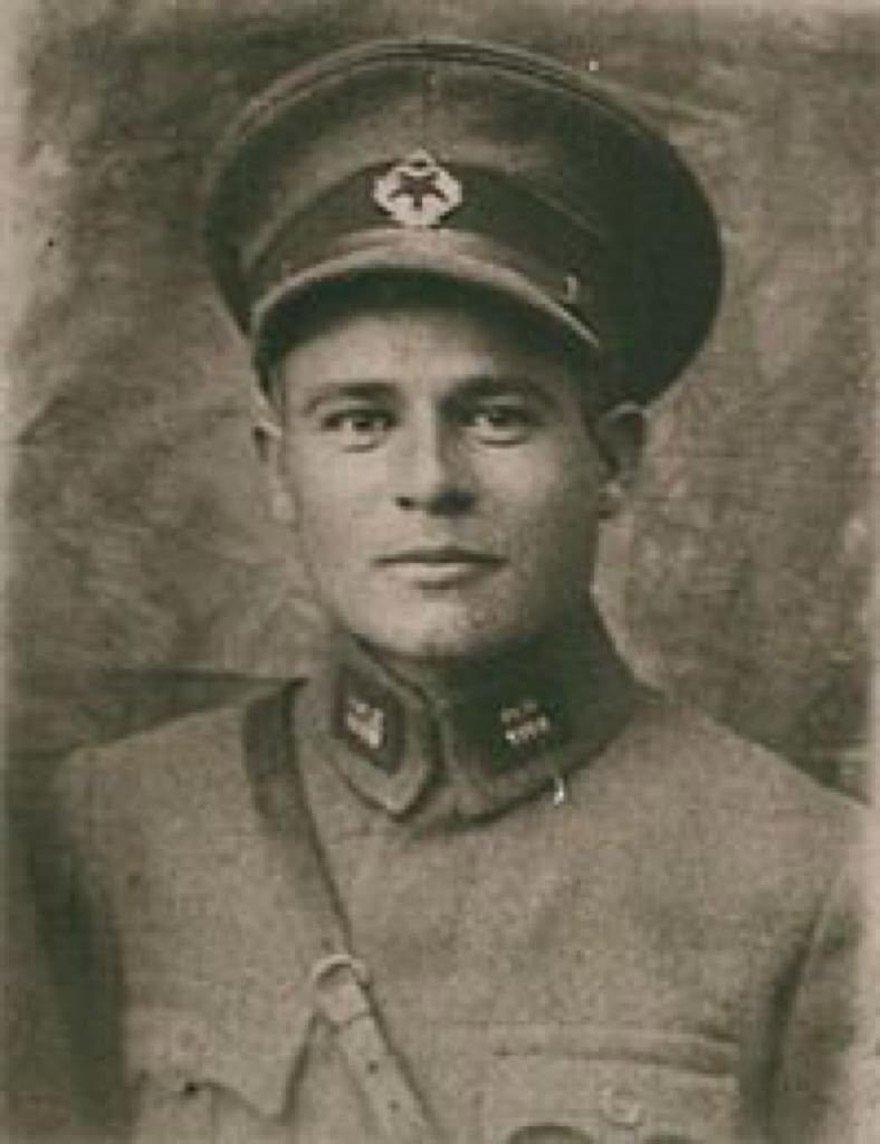 23 Aralık 1930'da Menemen'de vahşice katledilen Asteğmen Kubilay